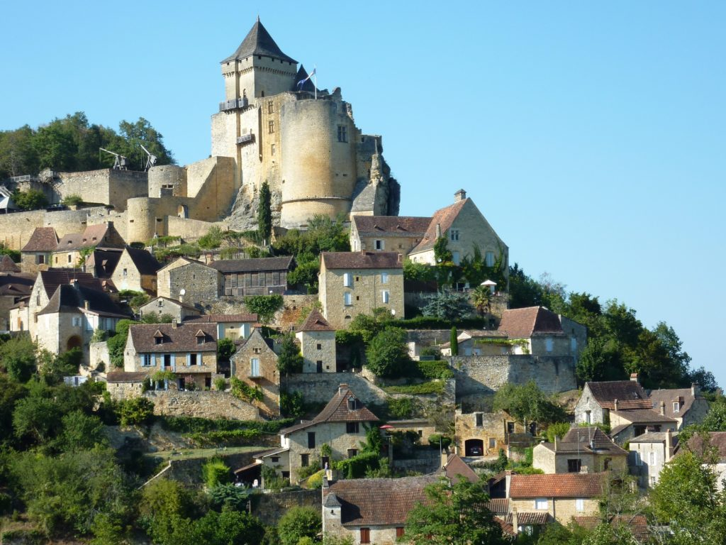 The upper village with Le Rouquet in the foreground.